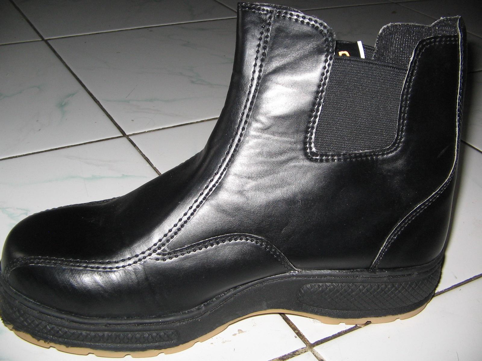 grosir-sepatu-safety2.jpg